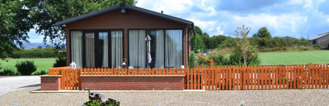 12 Lakeside, 2 Bedroom Lodge £155,000 Includes One Years Ground Rent Paid